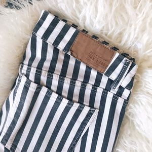 H&M Stripped Jeans